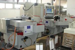 Dłuta NAREX - produkcja - szlifowanie i ostrzenie