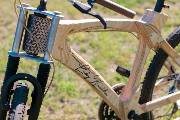 rower-z-drewna-Michal-Kasperski-Lady-woodka